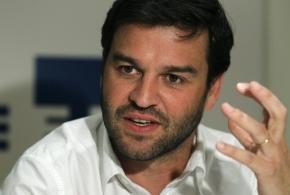 Gonzalo Martín Villa.